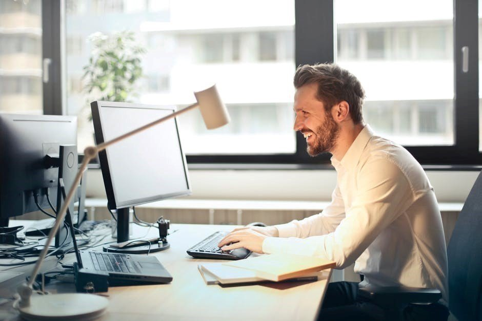 New research has shown that 75% office workers are happy in their workplace.